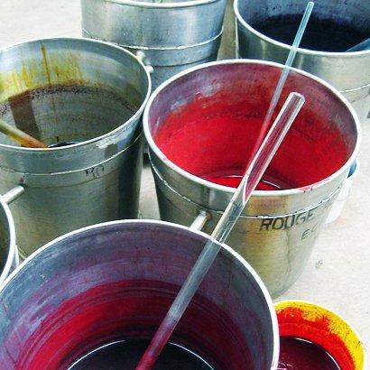 Pots de colorants textile